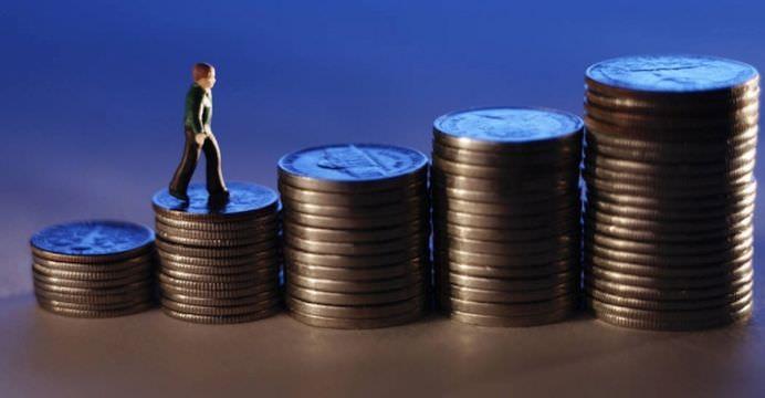 bugetarii vor primi salarii mai mari